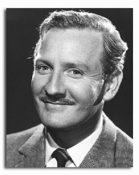 (SS2237339) Leslie Phillips Movie Photo