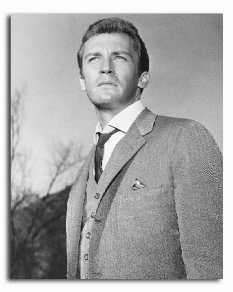 (SS2237729) Roy Thinnes  The Invaders Movie Photo