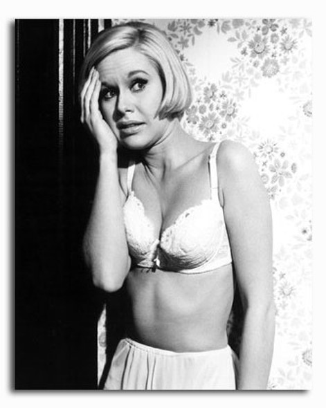 (SS2280980) Suzanna Leigh Movie Photo