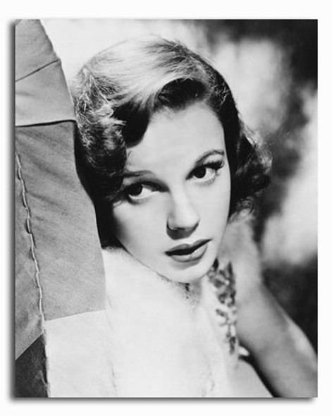 (SS2317497) Judy Garland Movie Photo