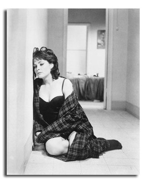 (SS2441426) Anouk Aimee Music Photo