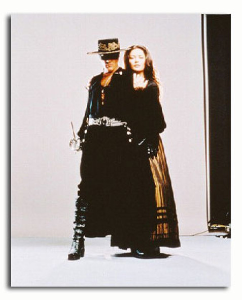 (SS3087058) Cast   The Mask of Zorro Movie Photo