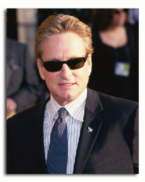 (SS3318263) Michael Douglas Movie Photo