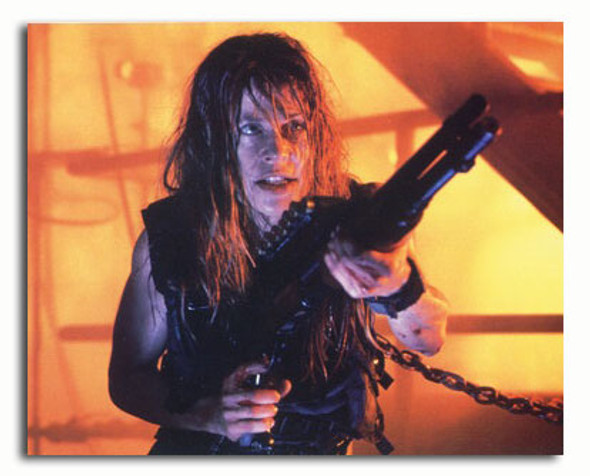(SS3361384) Linda Hamilton Movie Photo
