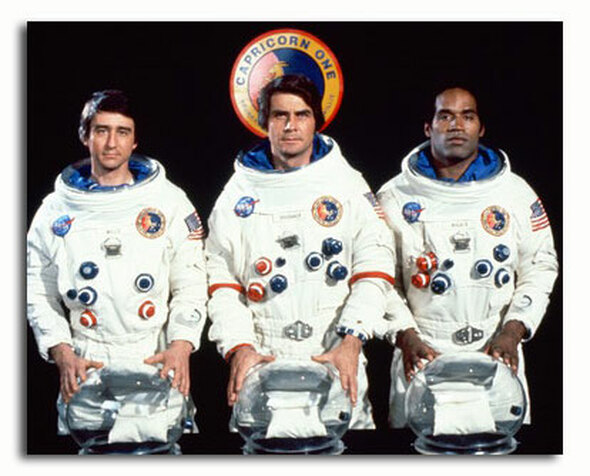 (SS3469232) Cast   Capricorn One Movie Photo