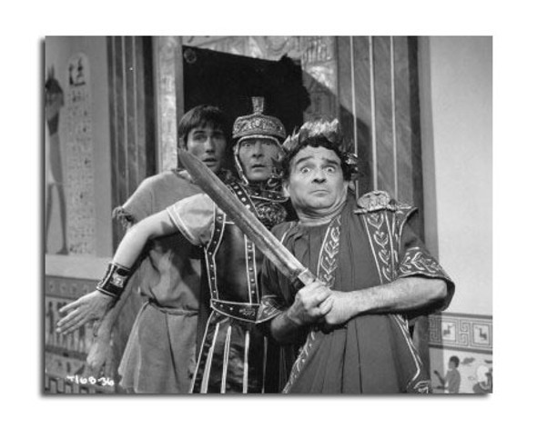 Carry on Cleo Movie Photo (SS2470403)