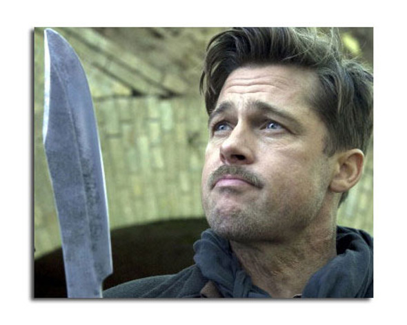 Brad Pitt - Inglourious Basterds Movie Photo (SS3642886)