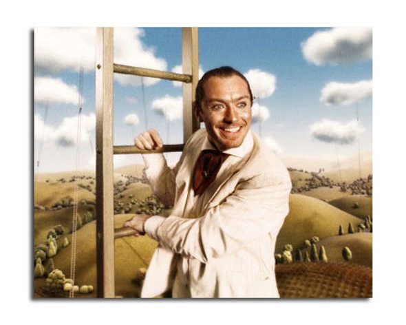 Jude Law - The Imaginarium of Doctor Parnassus Movie Photo (SS3645434)