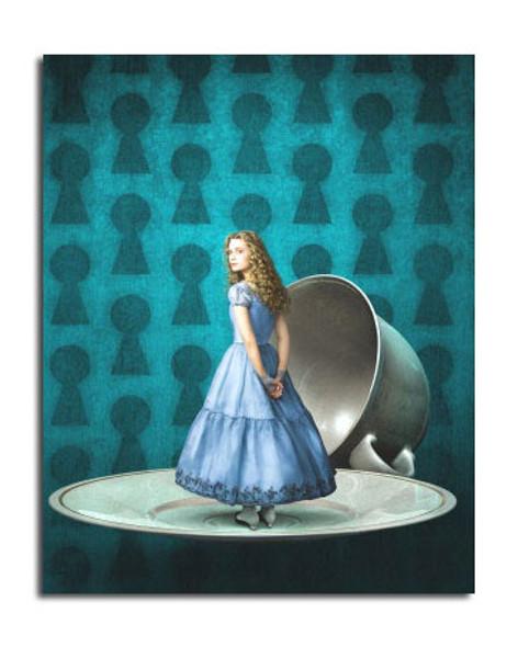 Mia Wasikowska (Alice In Wonderland) Movie Photo (SS3643510)