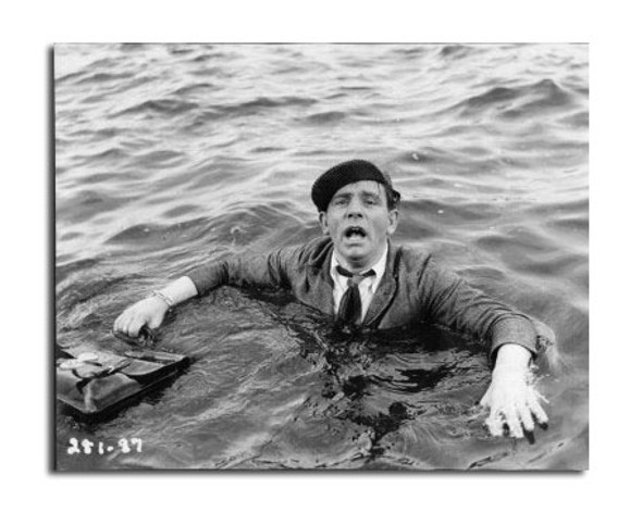 Norman Wisdom Movie Photo (SS2471911)
