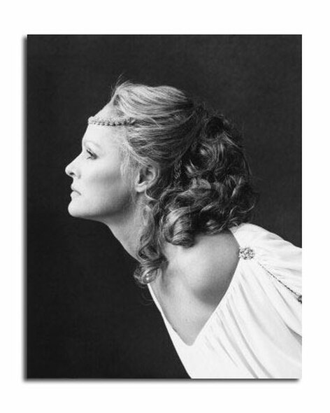 Ursula Andress Movie Photo (SS2456740)