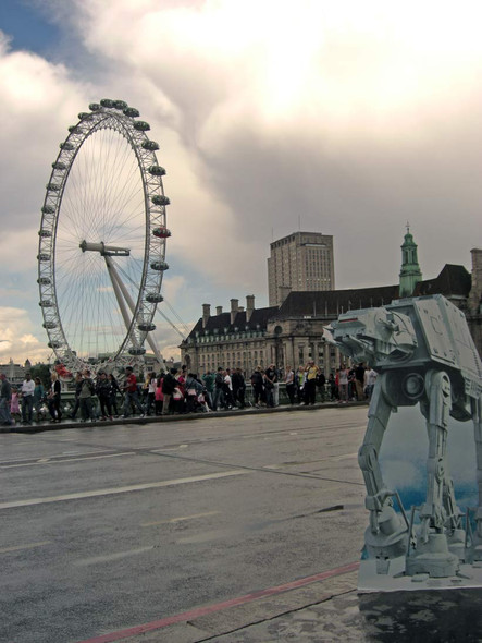 AT-AT Cardboard Cutout Attacking London!