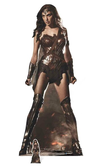 Wonder Woman Gal Gadot lifesize & mini cardboard cutout
