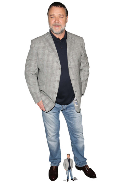 Russell Crowe Lifesize Cardboard Cutout / Standee / Standup