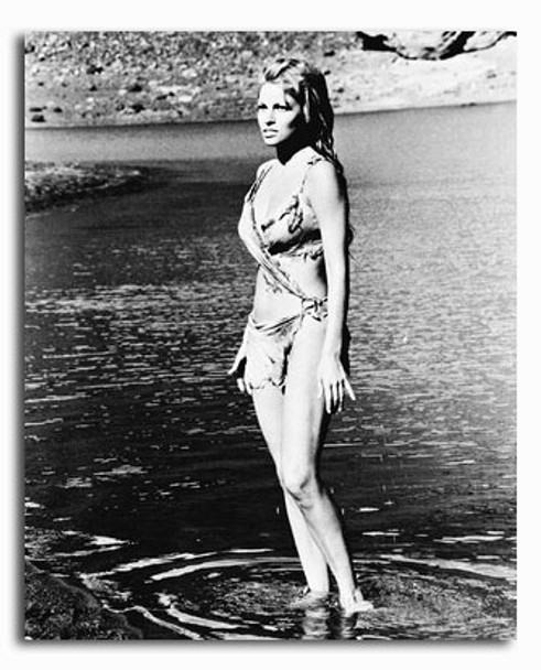 (SS157378) Raquel Welch  One Million Years B.C. Movie Photo