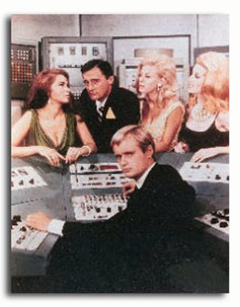 (SS309517) Cast   The Man  Movie Photo