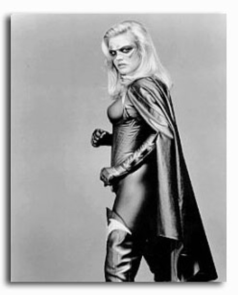 (SS2157636) Alicia Silverstone  Batman & Robin Movie Photo