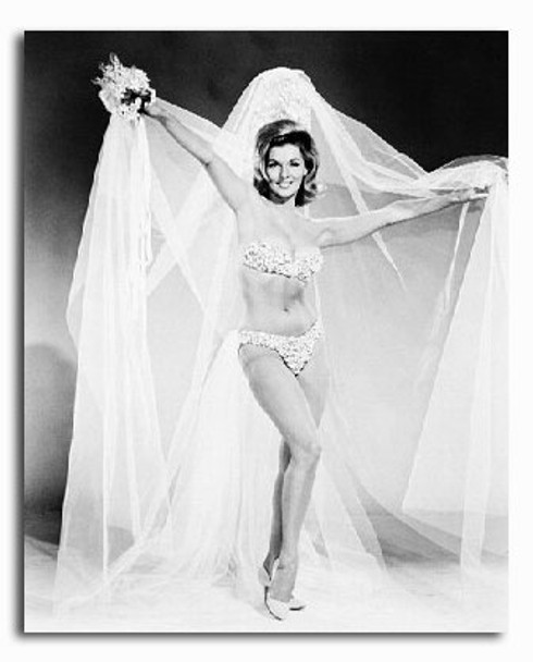 (SS2203175) Nancy Kovack Movie Photo