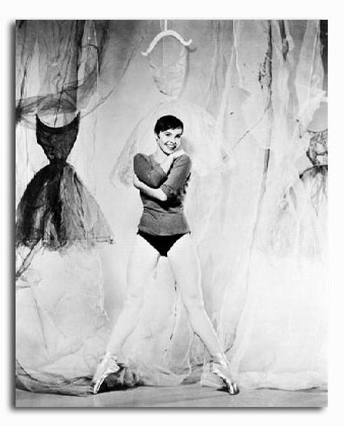 (SS2213770) Leslie Caron Movie Photo