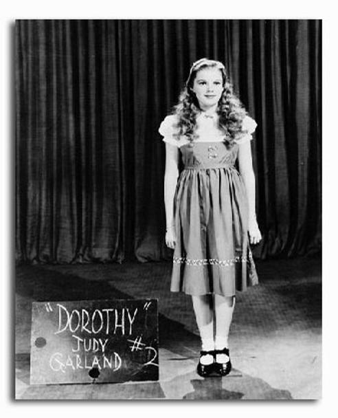 (SS2213939) Judy Garland Movie Photo