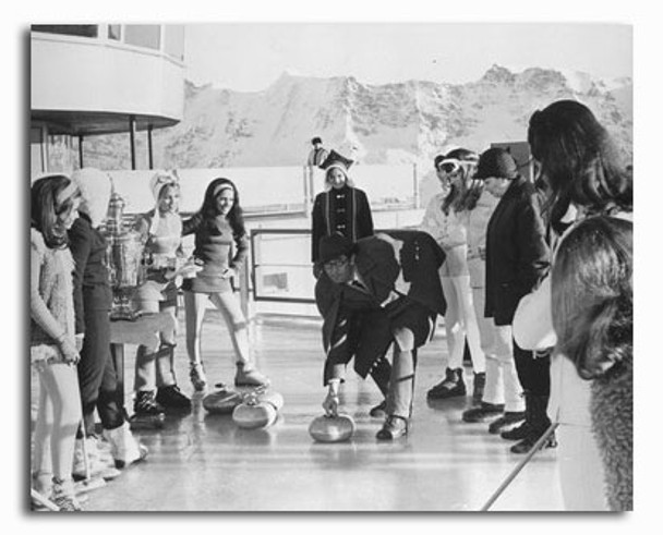 (SS2249325) George Lazenby Movie Photo