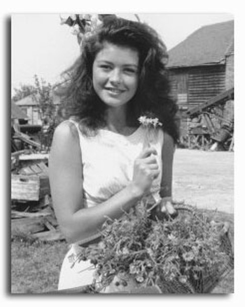 (SS2253186) Catherine Zeta-Jones  The Darling Buds of May Movie Photo