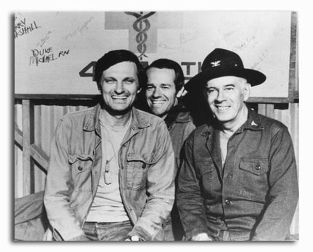 (SS2322853) Cast   M*A*S*H Television Photo