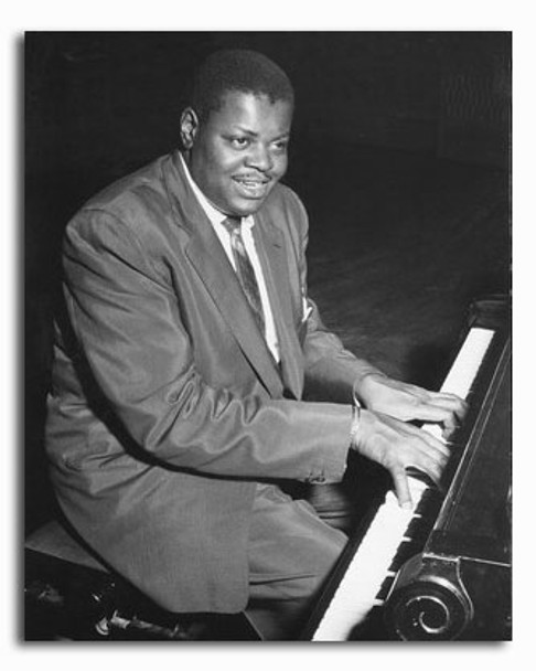 (SS2327013) Oscar Peterson Music Photo