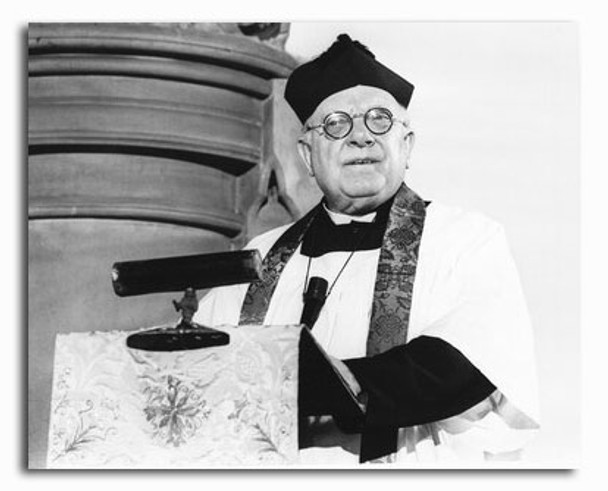 (SS2337179) Arthur Lowe Movie Photo