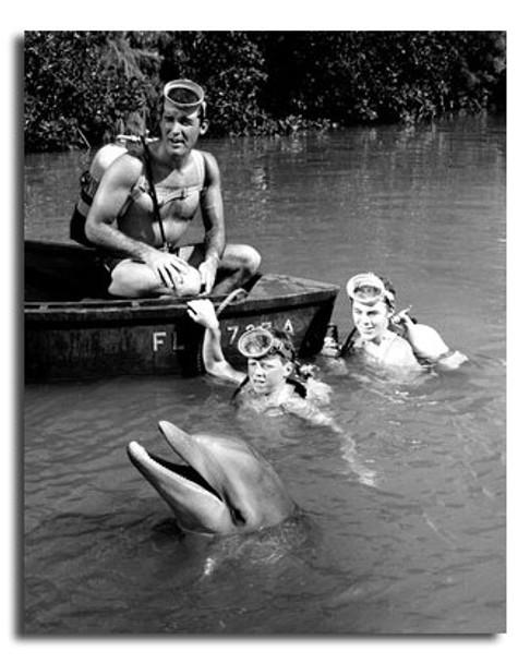 (SS2439931)  Flipper Television Photo