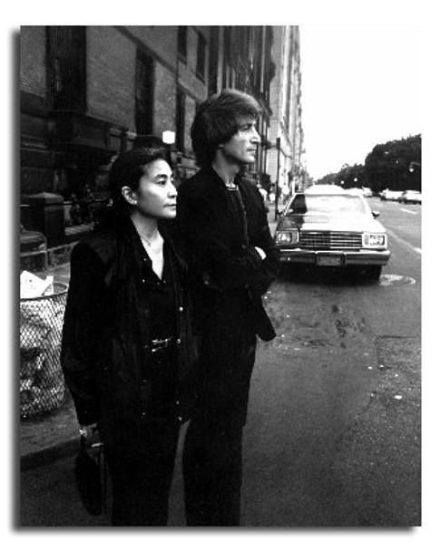 (SS2440555) John Lennon Music Photo
