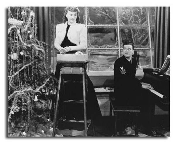 (SS2446587) Barbara Stanwyck, Dennis Morgan  Christmas in Connecticut Movie Photo
