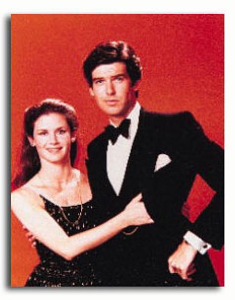 (SS2733887) Cast   Remington Steele Television Photo