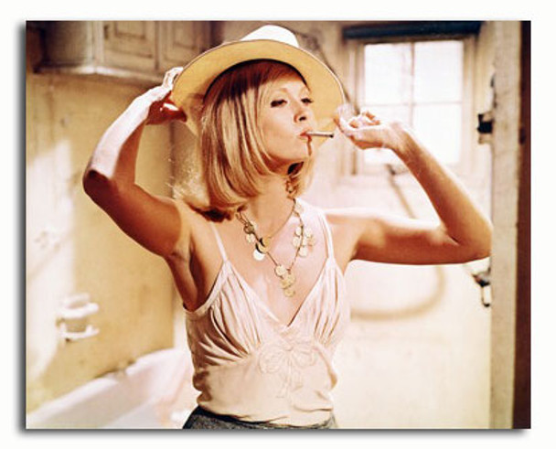(SS3005847) Faye Dunaway  Bonnie and Clyde Movie Photo