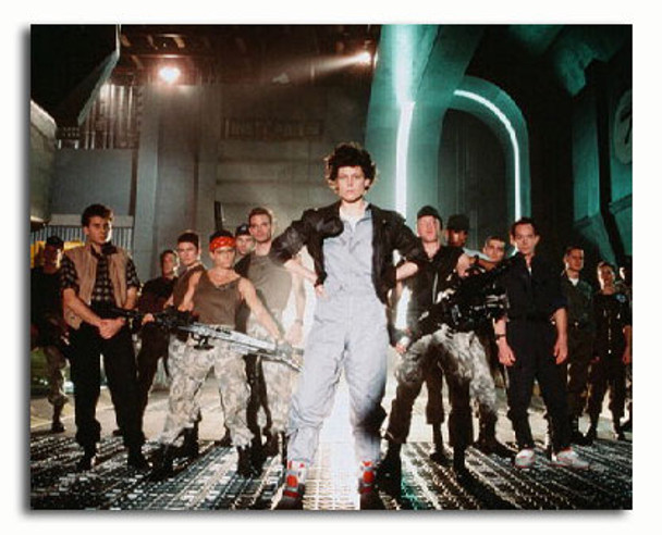 (SS3151681) Cast   Aliens Movie Photo