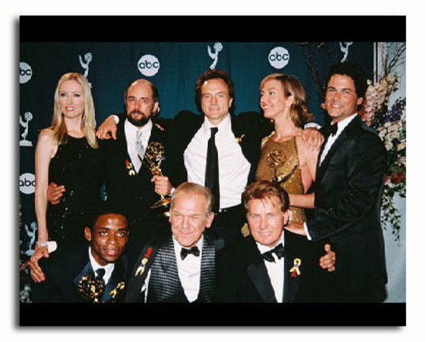 (SS3174769) Cast   The West Wing Movie Photo