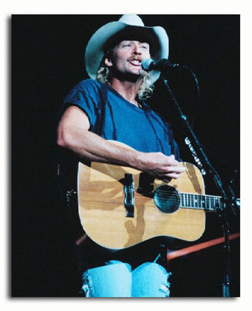 (SS3271372) Alan Jackson Music Photo