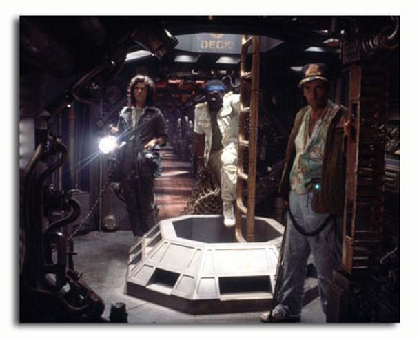 (SS3339856) Cast   Alien Movie Photo