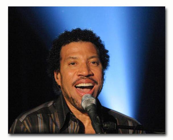 (SS3363152) Lionel Richie Music Photo