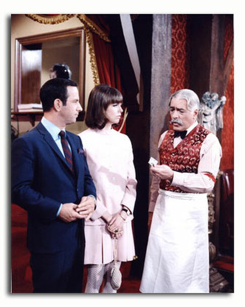 (SS3554070) Cast   Get Smart Television Photo