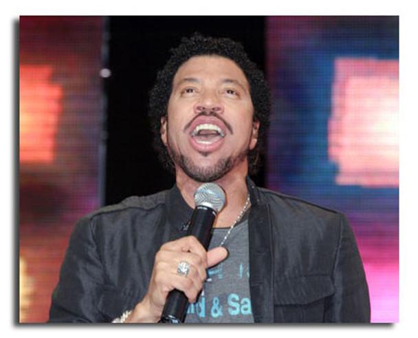 (SS3592693) Lionel Richie Music Photo