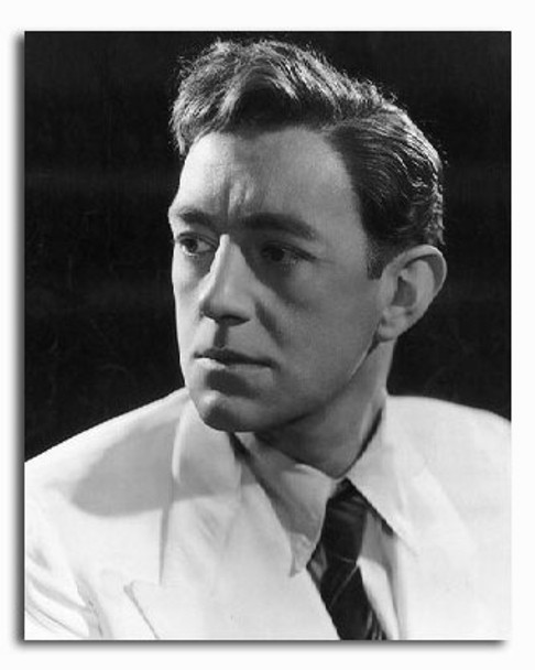(SS2244723) Alec Guinness  The Man in the White Suit Movie Photo