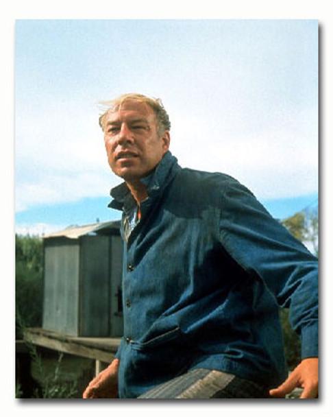 (SS3373019) George Kennedy Movie Photo