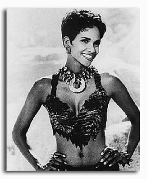 (SS2123043) Halle Berry  The Flintstones Movie Photo