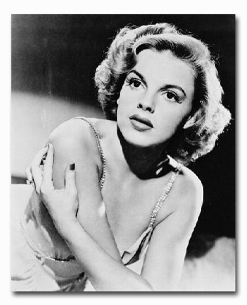 (SS2211638) Judy Garland Movie Photo