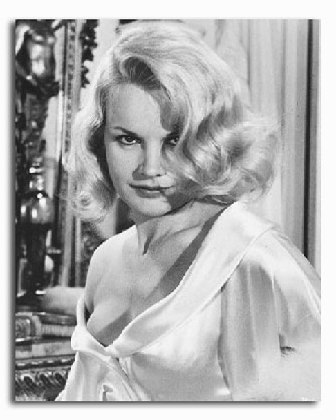 (SS2235428) Carroll Baker  Harlow Movie Photo