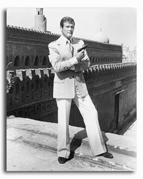 (SS2236195) Roger Moore Movie Photo