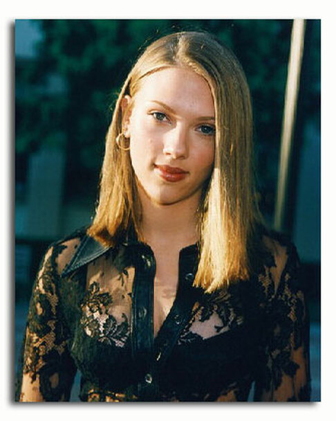 (SS3229200) Scarlett Johansson Movie Photo
