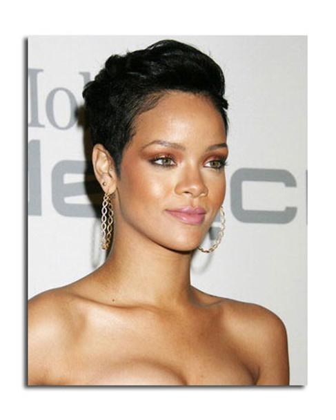 Rihanna Music Photo (SS3616548)