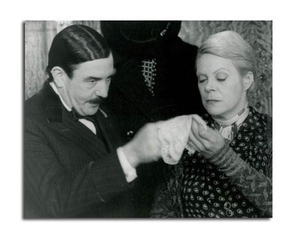 Murder on the Orient Express Movie Photo (SS2456493)